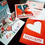 kolorowe kartki dla dzieci z podziękowaniami dla personelu